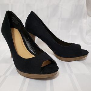 Old Navy Women's size 8 dress shoe